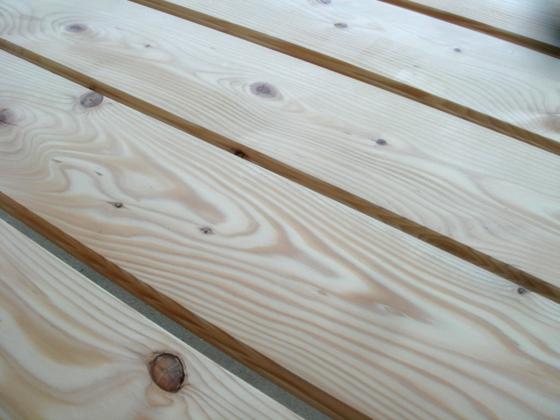 樅の木のフローリング 写真01