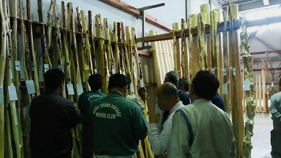奈良県銘木の製品市1