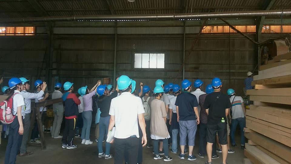 奈良の木大学の学生さんが弊社にやって来ました(1)