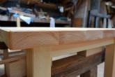 角の仕上げ 檜のテーブル