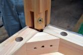 天板と脚の組み立て 檜のテーブル