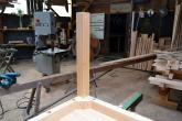 テーブル脚の組み立て完了 檜のテーブル